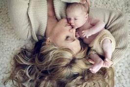 Phẫu thuật nâng mông có ảnh hưởng đến sinh con không?