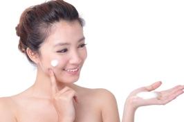 5 bài massage tạo hình khuôn mặt V line đơn giản